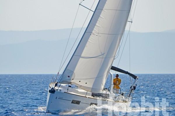 Monohull Oceanis 35