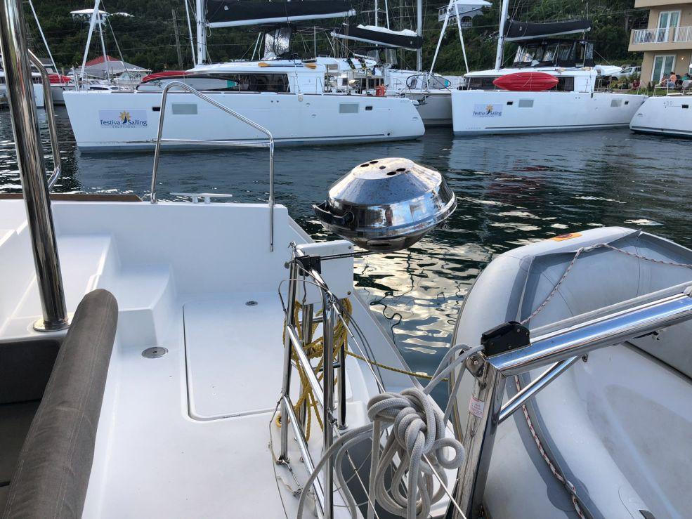 Catamaran Lagoon 400 S2 With A/C