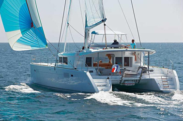 Catamaran Lagoon 450 With Watermaker & A/C - PLUS