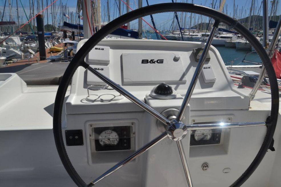 Catamaran Lagoon 450 With Watermaker & A/C - PLUS