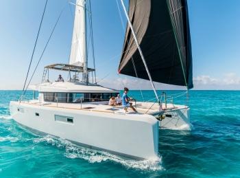 Catamaran Lagoon 52