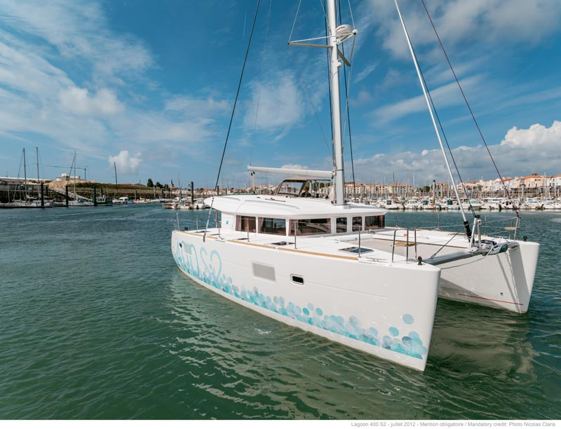 Catamaran Lagoon 400 S2 O.V. With A/C
