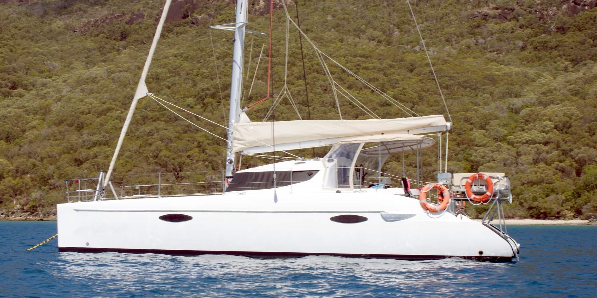Catamaran Lavezzi 40