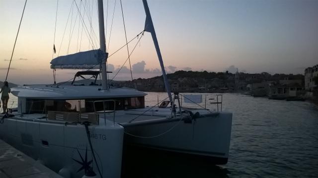Catamaran Lagoon 400 S2