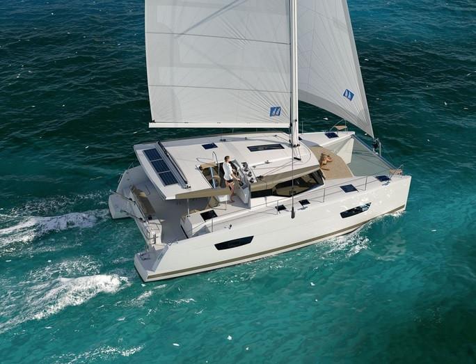 Catamaran Lucia 40