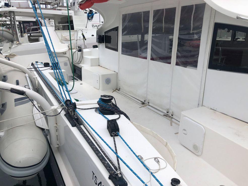 Catamaran TS 42 With Watermaker