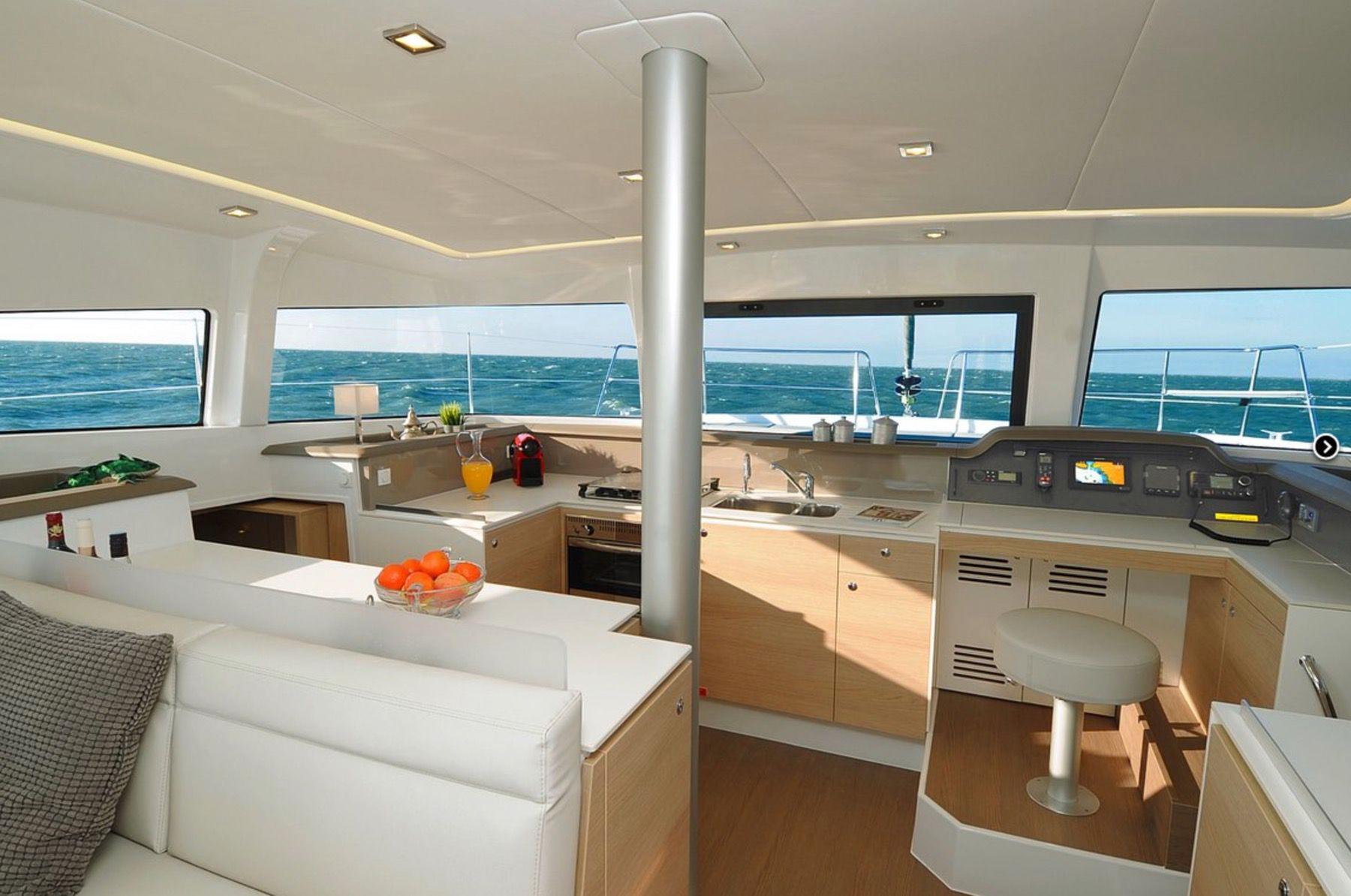 Catamaran Bali 4.1 Owner Version