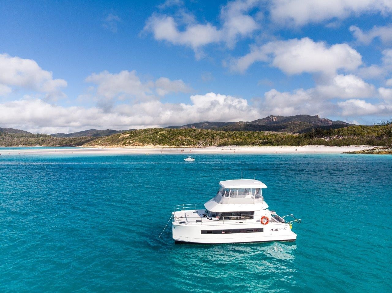 Powered Catamaran Motor Yacht 37 With Watermaker & A/C - PLUS