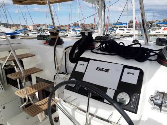 Catamaran Lagoon 450 S With Watermaker & A/C - PLUS