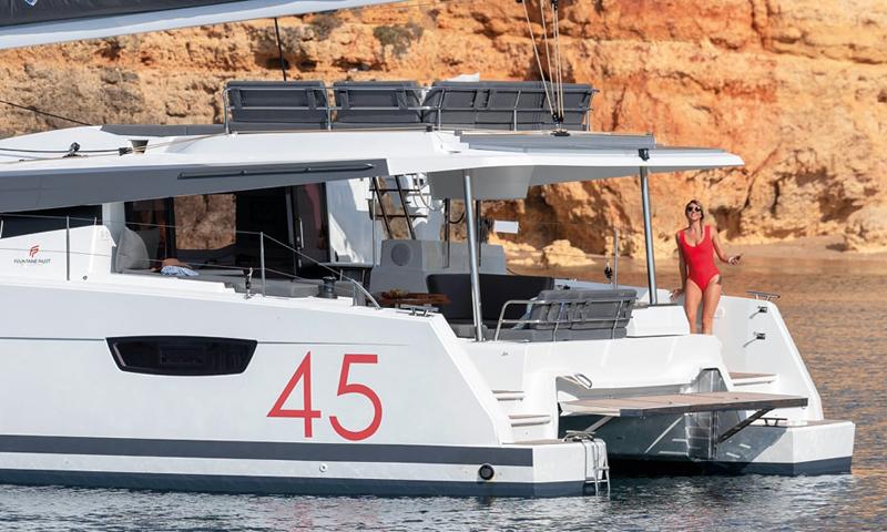 Catamaran Fountaine Pajot ELBA 45
