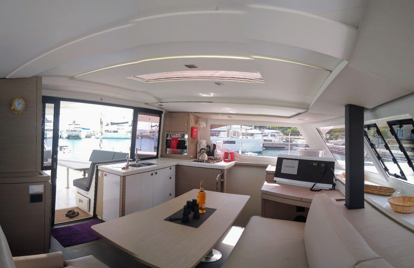 Lucia 40 3 cabins BVI Yacht Charters